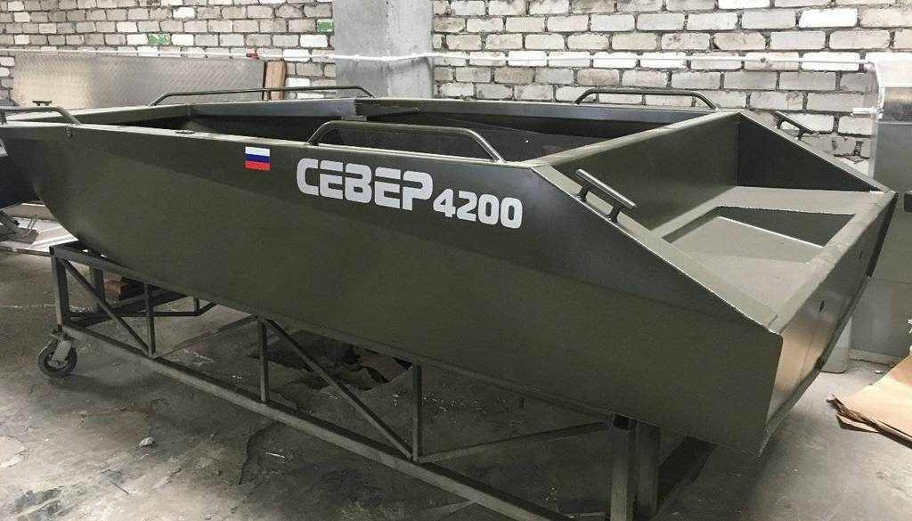 Лодка «Север 4200»