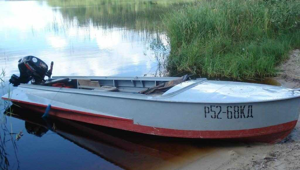 Моторная лодка Казанка М