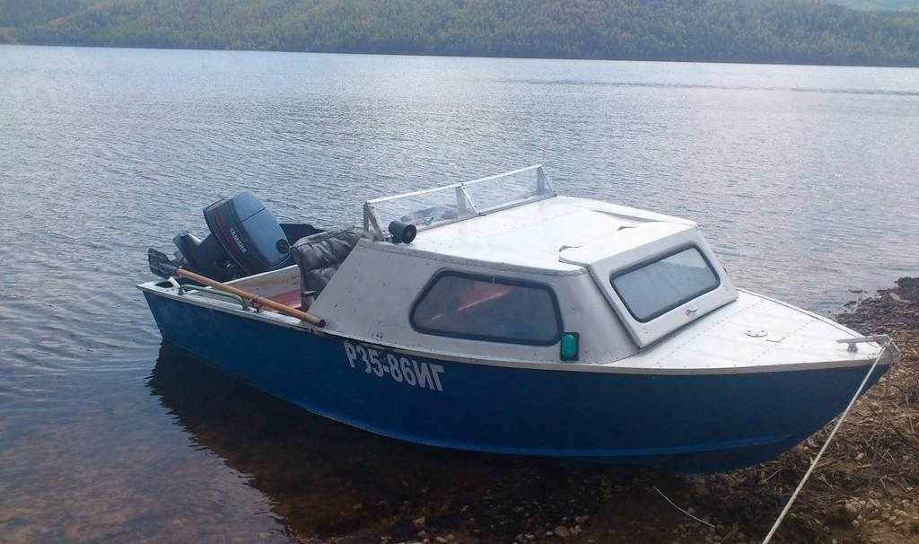 Лодка Серебрянка 3