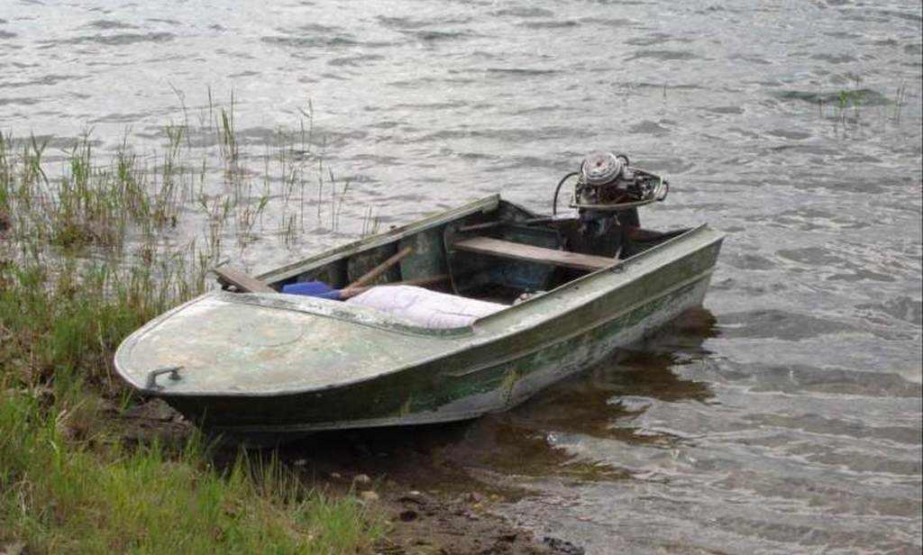 Моторная лодка «Янтарь»