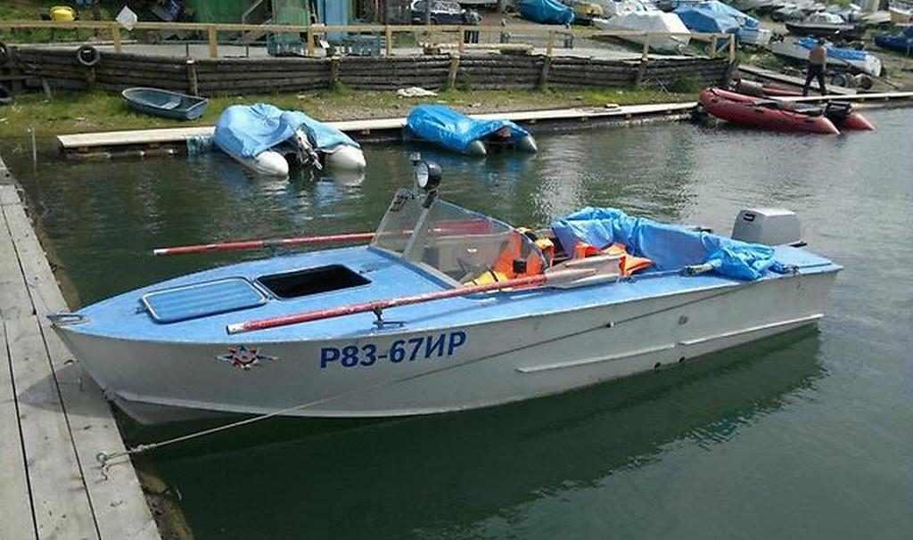 Моторная лодка Прогресс 2М