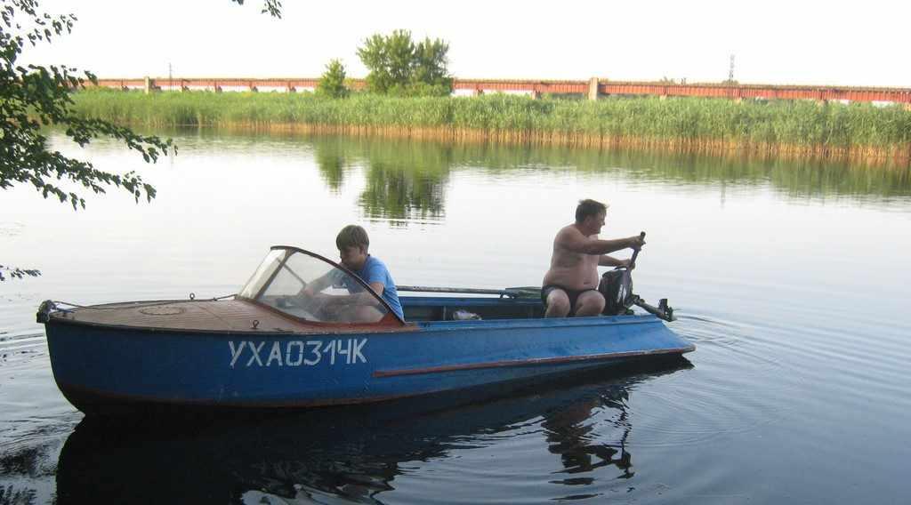 Моторная лодка Южанка
