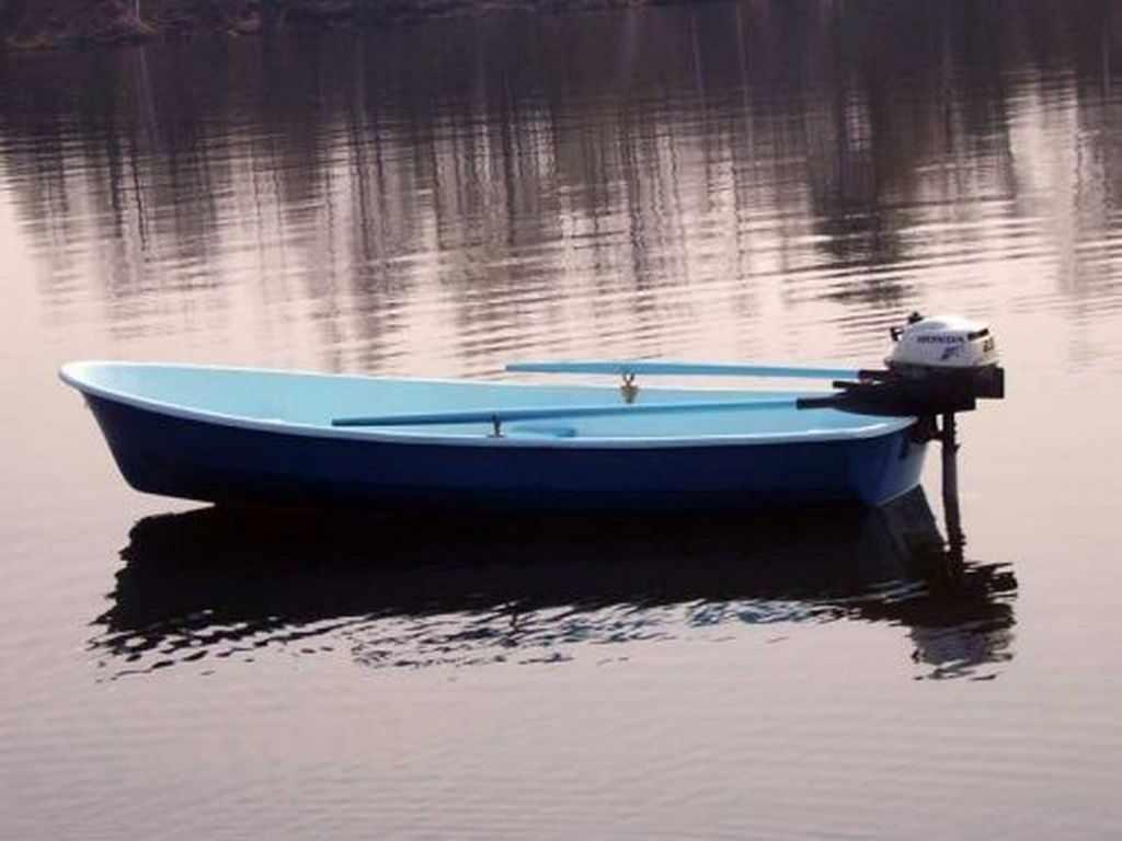 Пелла-Фиорд с мотором