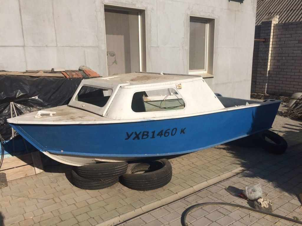 Моторная лодка «Серебрянка»