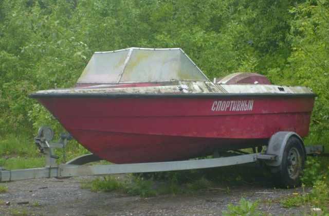 Катер «Борей» для буксировки воднолыжников