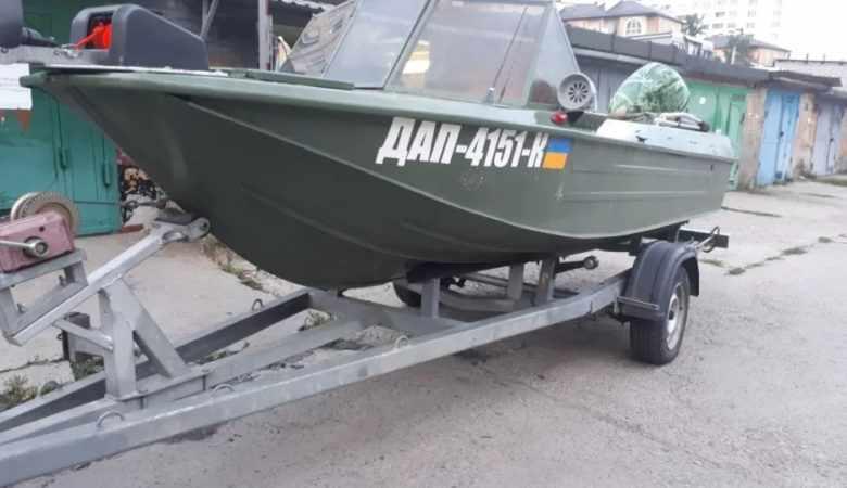 Лодка Ока 4