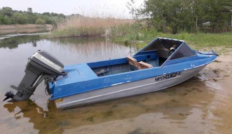 лодка Крым М