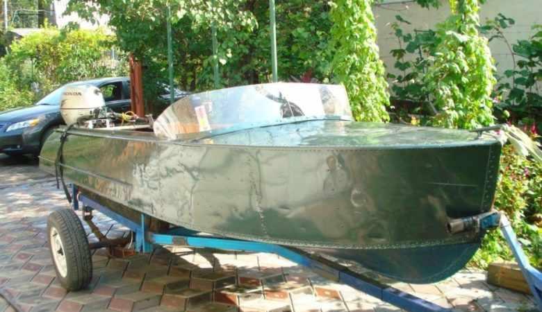 Перевозка на прицепе лодки Казанки