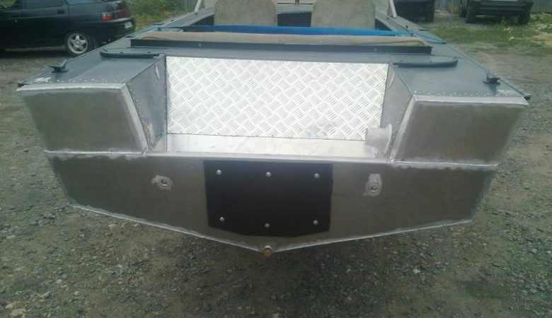 Транец лодки Днепр