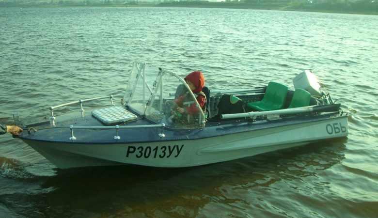 Лодка Обь 1