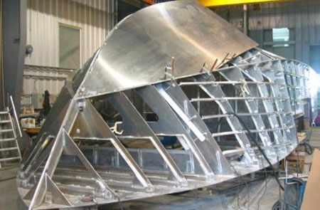 Сборка алюминиевой лодки