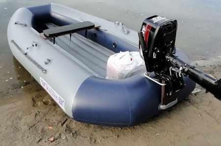 Модель с навесным транцем и кольцевым баллоном «Флагман 300 NT»