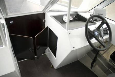 Консоли катера ЯК-65М