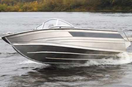 Днище лодки «Windboat 48»