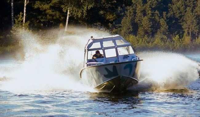 Модификация катера «КС-820» с открытым кокпитом