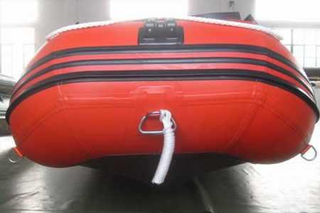 Носовая часть лодки «Vector XHD 330»