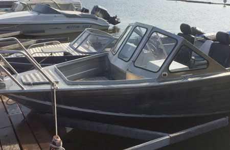 «RusBoat 55» с открытым носом