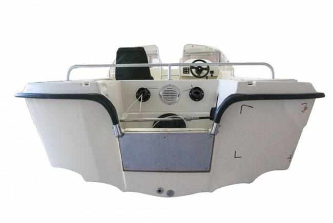 Корма лодки «СКК Sorsa-440»