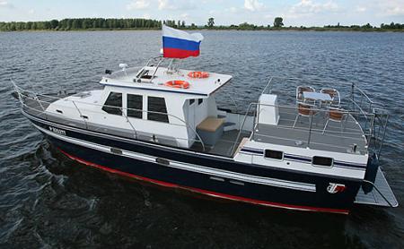 Катер «КМ-120 ТУРИСТ»