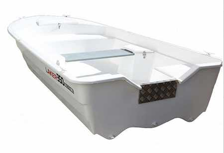 Корма лодки Laker 350