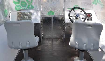 Консоли моторной лодки «Рекорд 500»