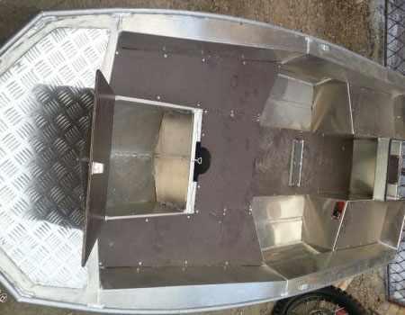 Компоновка лодки Wellboat 33