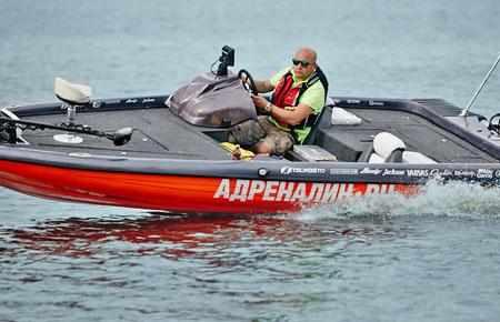 Палуба лодки «Laker X7»