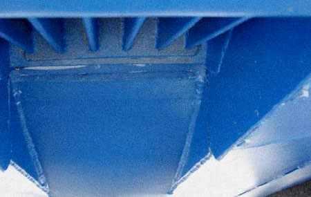 Водовод с решеткой катера Томь 525