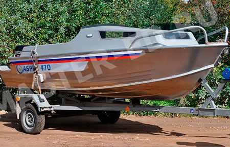 Низкая рубка на лодке «Абрис 470»
