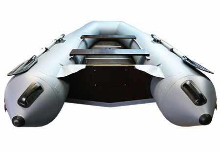 Корма надувной лодки «Sirius 335»