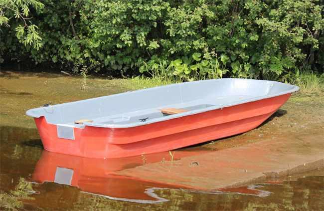 Компоновка стеклопластиковой лодки «Altan 46»