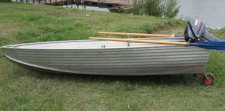 Бортовая линия лодки «RusBoat 36»