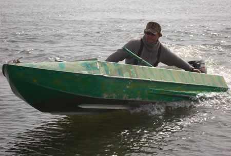 Лодка Романтика 3,5 метра с булями и продольными реданами на днище
