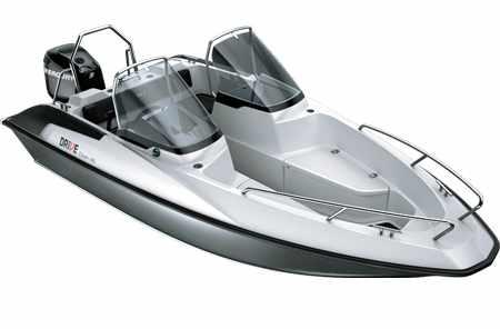Кокпит лодки «Drive Open 46»