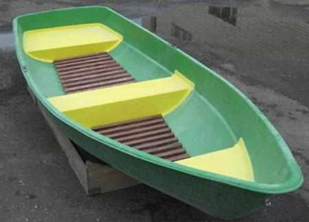 Компоновка кокпита лодки «Catran 410»
