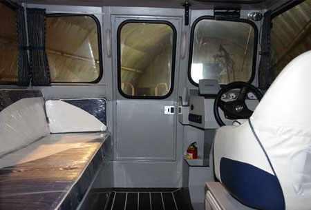 Каюта лодки «Trident 620 С»