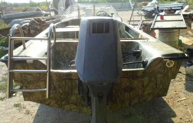 Корма лодки «Темп 475»