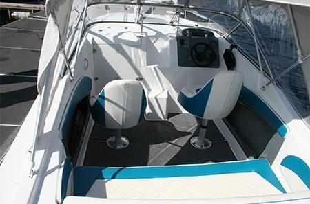 Кокпит лодки «Titan»