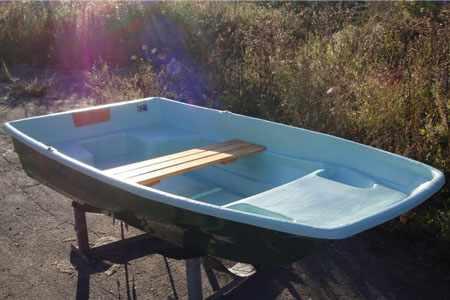 Лодка «Онего 290» с раздельными кормовыми банками