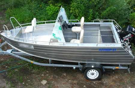 Компоновка лодки «Аллюр 51»