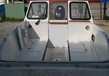 Компоновка кокпита лодки «Selenga 500 R»
