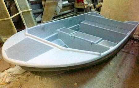 Палубный вариант лодки «Афалина 390»