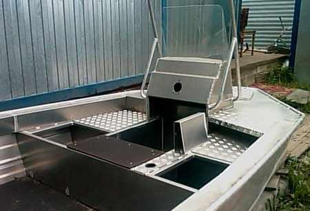 Лодка «RusBoat 50». Компоновка кокпита