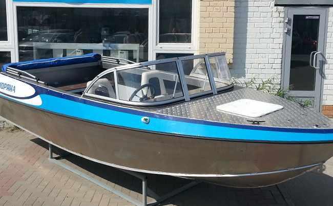 Лодка с автомобильной компоновкой «Моряна 500C»