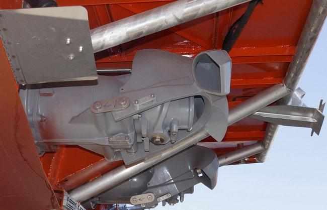 Водометы на катере «Баренц 1100»