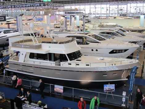 Privateer 49 Flybridge. Выставка катеров Düsseldorf Boat Show 2014