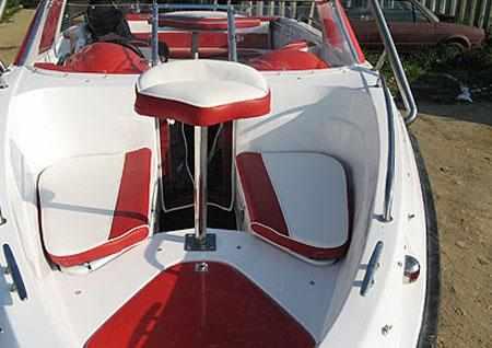 Оформление носового кокпита лодки Pragmatic Sprinter Fish 610