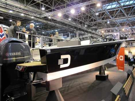 Draco 26. Выставка катеров Düsseldorf Boat Show 2014