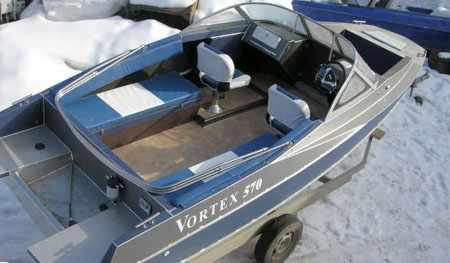 Компоновка лодки «Vortex 570»