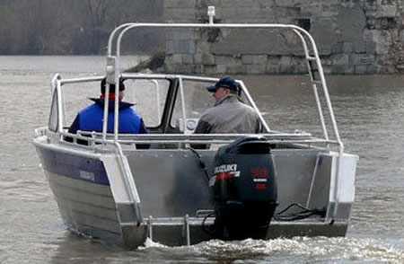 Корма лодки «RusBoat 55»